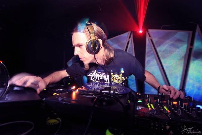 DJ Aries